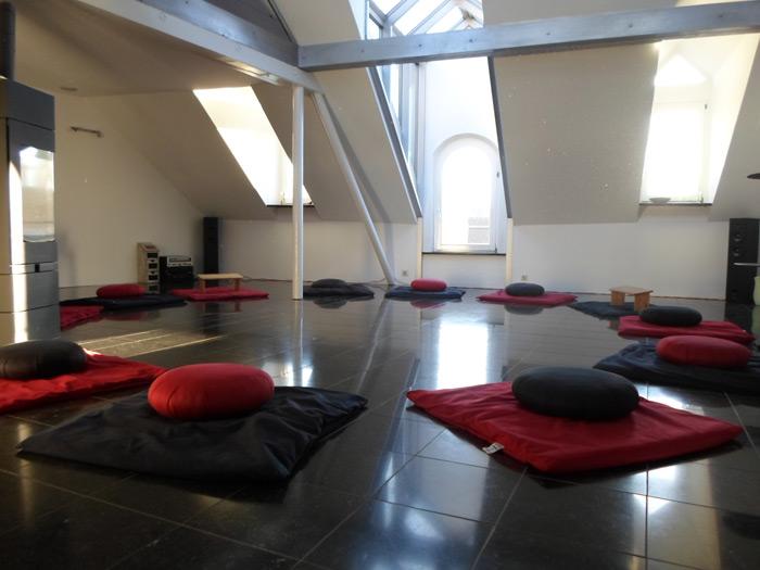 Fesselnd Meditationsraum   Selbstverständlich Können Sie Auch Auf Einem Stuhl  Meditieren.